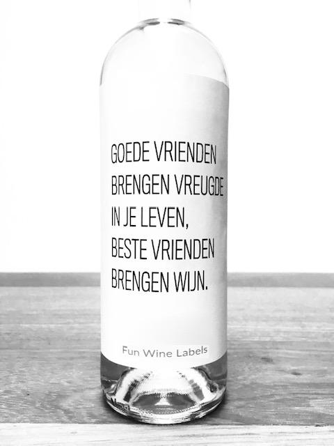 wijnetiket goede vrienden van fun wine labels